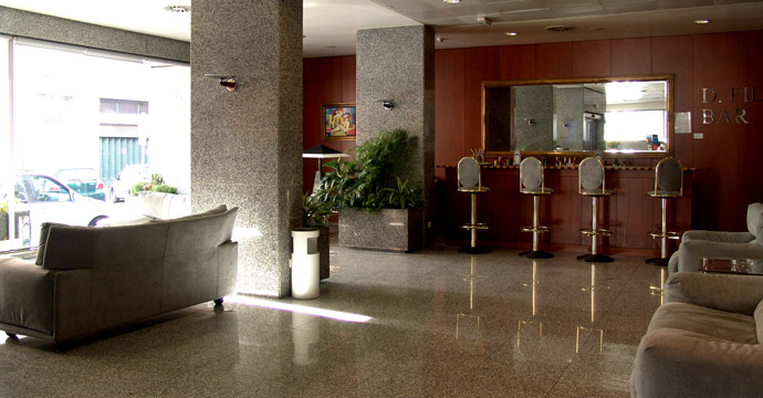 Vip Executive Madrid Hotel - Photo 4