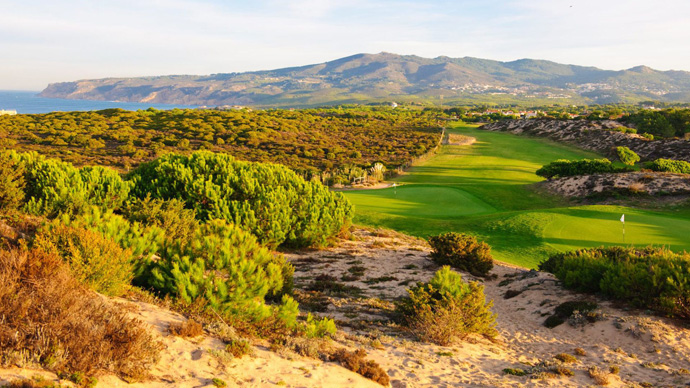 http://www.lisbonpackage.com/slideshow/pictures/course/10/portugal-golf-oitavos-dunes-img3.jpg